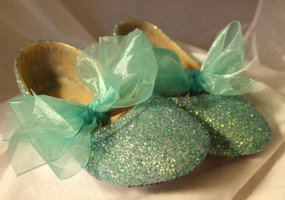 Свадьба - FLOWER GIRL SHOES~Wedding Shoes~Spa or Mint Green~Ribbon and Bows~Glitter Shoes~Custom Made~Fast Shipping
