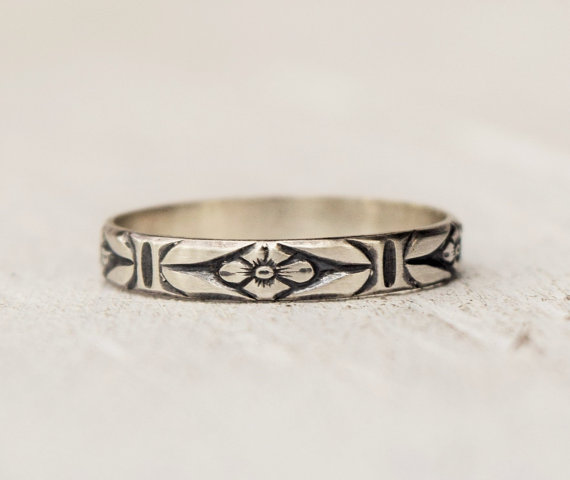 Mariage - Sterling Silver Floral Ring - FREE USA SHIPPING - Posey Ring - Feminine Jewelry - Renaissance Jewelry - Midi Ring - Metalwork