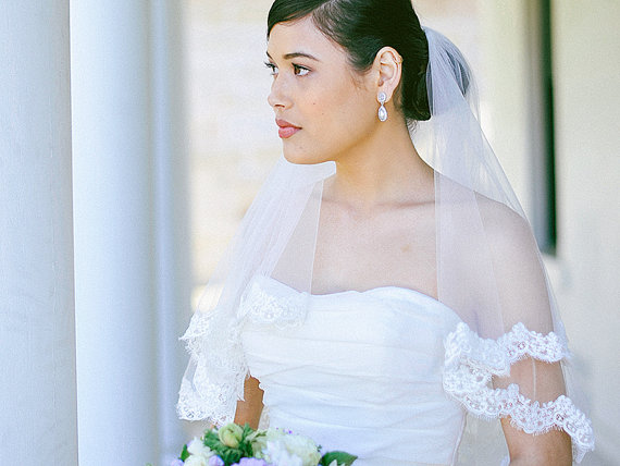 Mariage - Wedding veil, bridal veil, Lace veil, two tier French corded lace edge veil in ivory, bridal tulle, elbow length