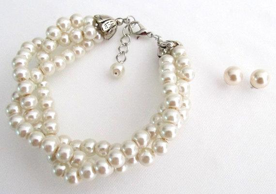 Свадьба - Ivory Pearl Glass Pearls Twisted Pearl Bracelet Ivory Pearl Bracelet Bridal Jewelry Bridesmaid Wedding Jewelry Free Shipping In USA