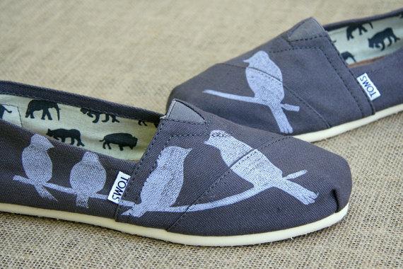 Hochzeit - Birds on a Wire TOMS shoes