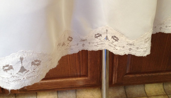 Свадьба - Vintage Half Slip, Off-White, Light and Silky Fabric Blend with Lace Hem, XL