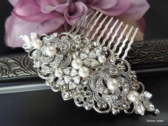 Mariage - Wedding Bridal Pearl Rhinestone Hair Comb,Bridal Pearl Rhinestone Hair Comb,Wedding Rhinestone Hair Comb,Ivory or White Pearls,ROSELANI