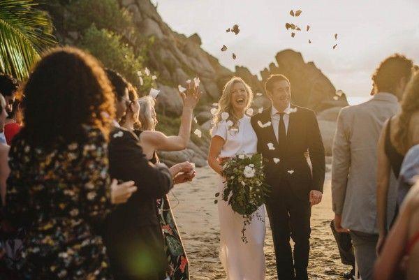 Hochzeit - Minimalist Destination Wedding At The TeiTiare Estate