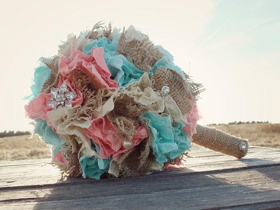 Mariage - Rustic Chic Wedding Bouquet Shabby Fabric Bouquet Burlap Wedding Bouquet Brooch Bouquet