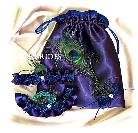 Mariage - Lapis and teal peacock bridal garter set and drawstring bag, peacock wedding money dance bag
