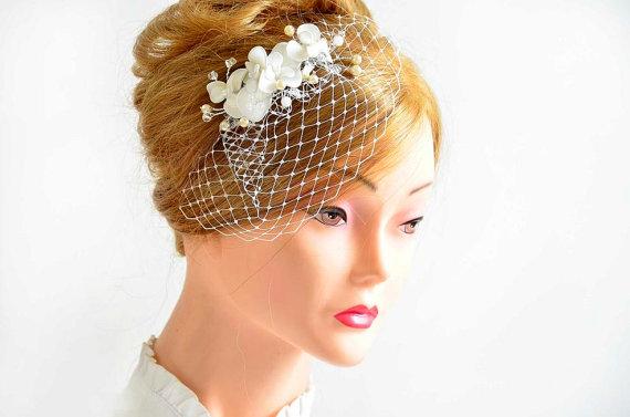 Mariage - Birdcage veil headpiece Bridal hair comb Floral headpiece Bridesmaid headpiece Hair comb First Communion Bridesmaid hair accessories