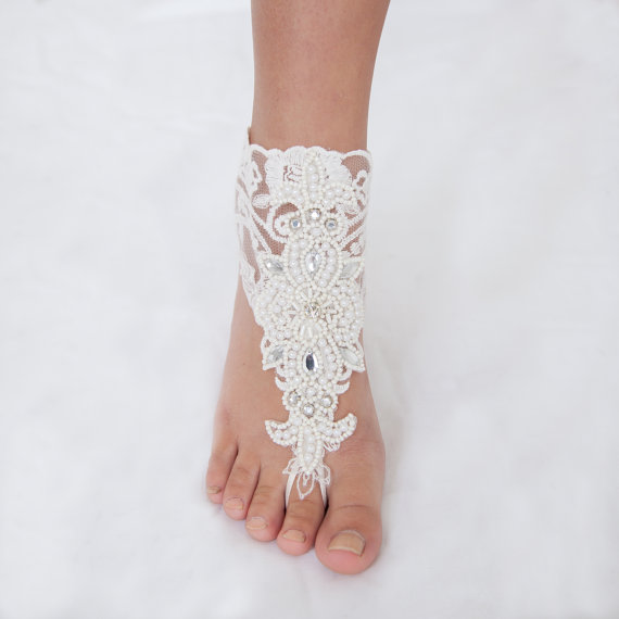 Свадьба - HARPER, Lace Barefoot Sandals, Foot Jewelry, Barefoot Sandals, Beach Sandals, Bridal Barefoot Sandals, Wedding Shoes, Free Shipping