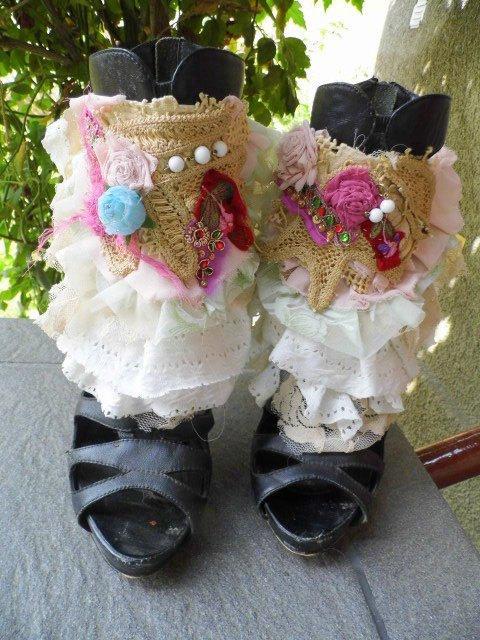 Wedding - spats,wedding, bridal, ankle cuffs, shoe accessoires, gypsy,marie antoinette, fae, dance, pastel, flower shoe accessoires,ruffles,victorian
