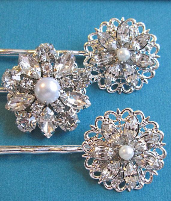 Mariage - Vintage Style, Wedding Hair pins, Silver crystal pearl, bobby pins, Bridesmaid hair pins, bridal accessories, rhinestone clips