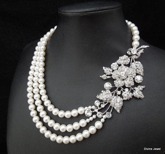 Hochzeit - Bridal Pearl Necklace, Bridal Rhinestone Necklace, Ivory or White Pearls, Statement Bridal Necklace,Pearl Rhinestone Necklace,Pearl,DARCIE