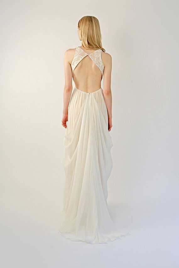 Mariage - Backless Lace And Silk Chiffon Blush And Ivory Gown - Solaine
