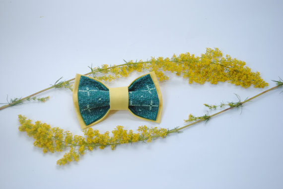 Wedding - Yellow jade bow tie Hand embroidered bowties Handcrafted neckties Tie as a gift Little boys Wedding stuff Small size Bright bowties Green
