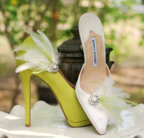 Hochzeit - Shoe Clips Lime Green & Ivory / White / Black Feathers Rhinestone. Bride Bridal Bridesmaid MOH, Lush Chic Edgy Birthday, Statement Feminine