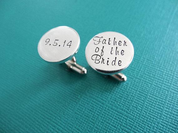 Hochzeit - Father of the Bride Cufflinks - Personalized Cufflinks - Wedding Jewelry