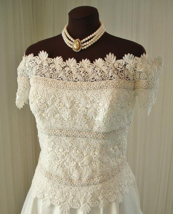 Mariage - Vintage Mocha and White alfred Angelo Bridal Gown Wedding Dress with Chapel Train