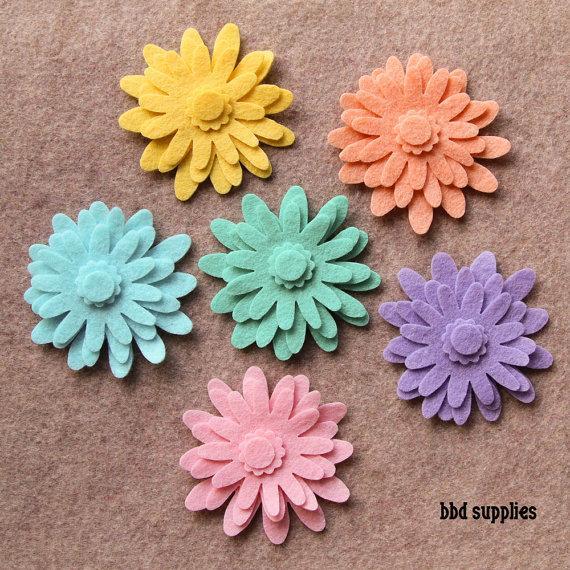Mariage - Hippie Chick - Mums - 48 Die Cut Wool Blend Felt Flowers