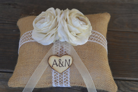 Свадьба - Custom Shabby Chic Vintage inspired Ivory Ranunculus Burlap Ring Bearer Pillow personalized with bride in groom initials in wood heart