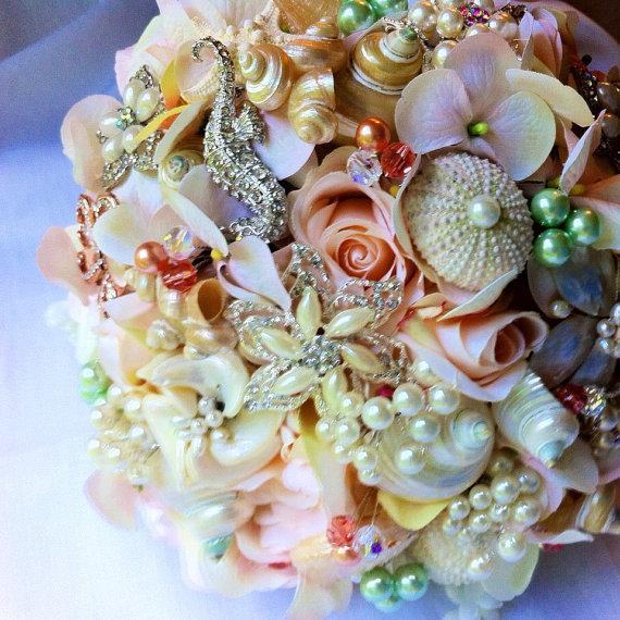 Mariage - Sea Shell Bouquet, Bridal Bouquet, Custom Bouquet