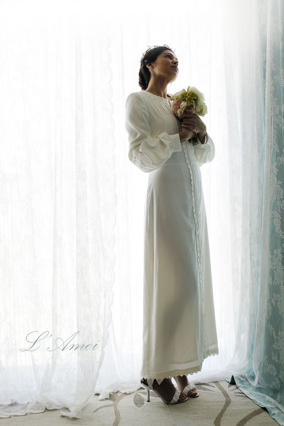 زفاف - Handmade Vintage Style Long Sleeve Ivory Winter Wedding Dress Bridal Gown, Design by LAmei