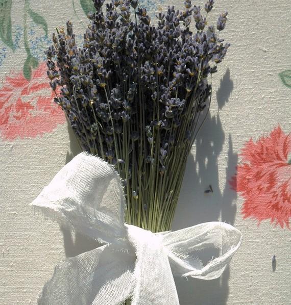 زفاف - 4 Flower Girl Bouquets Dried English Lavender Bouquet with Hand Tied White Cotton Crinoline Bow