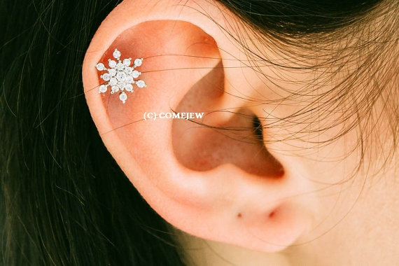 Mariage - CZ Snowflake Tragus Earring, Snow Winter Theme,Snowflake Piercing,tragus earring,cartilage earring,tragus jewelry,upper ear earring, GJA028
