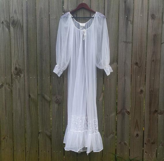 Свадьба - M L Medium Large Super Sexy Vintage Sheer White Chiffon Peignoir Pin Up Hollywood Starlet Robe Valentine's Day Lingerie Bathrobe