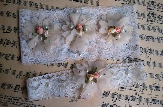Hochzeit - Wedding leg garter, Wedding accessoaries, Bridal garter set, Bridal lace, Of white lace garter, Wedding leg , Wedding garter ivory