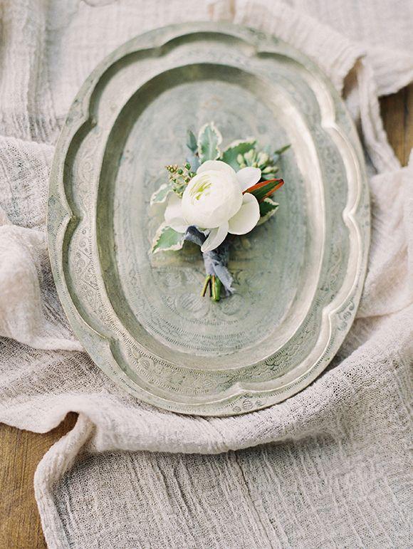 Свадьба - Farm Bridal Inspiration