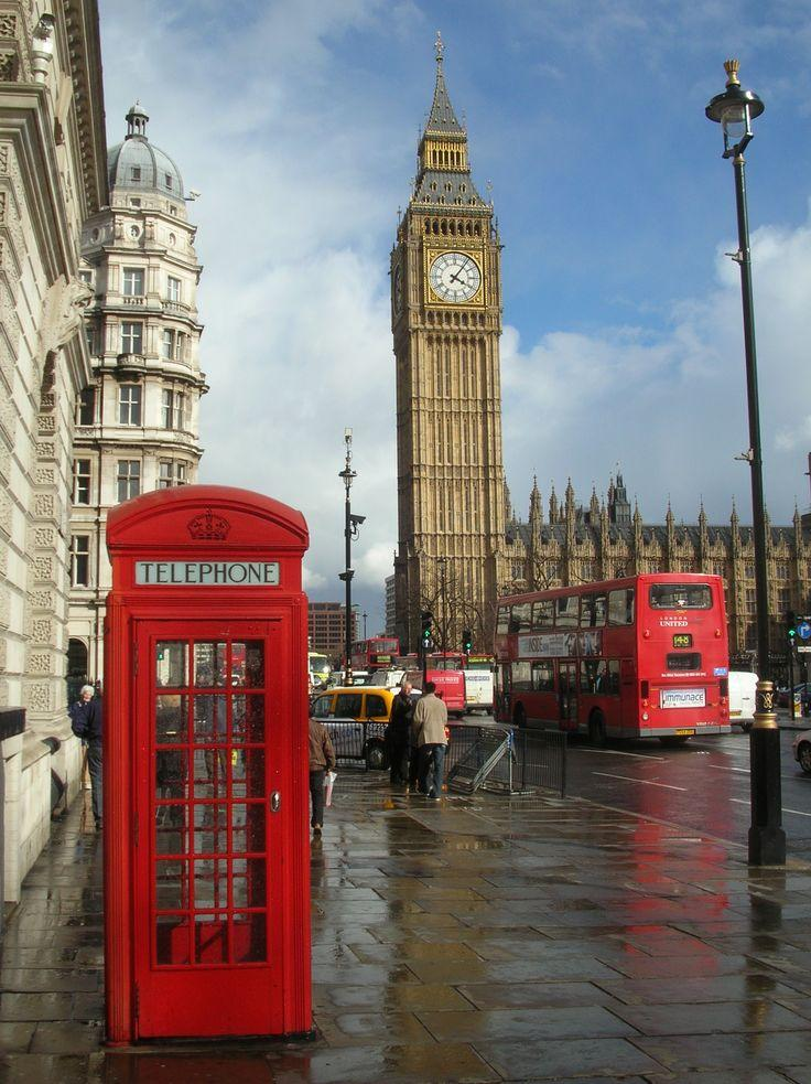 Wedding - London Attractions: Big Ben And Buckingham Palace!