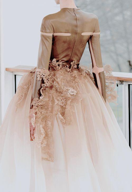 Mariage - The Art Of Fashion;