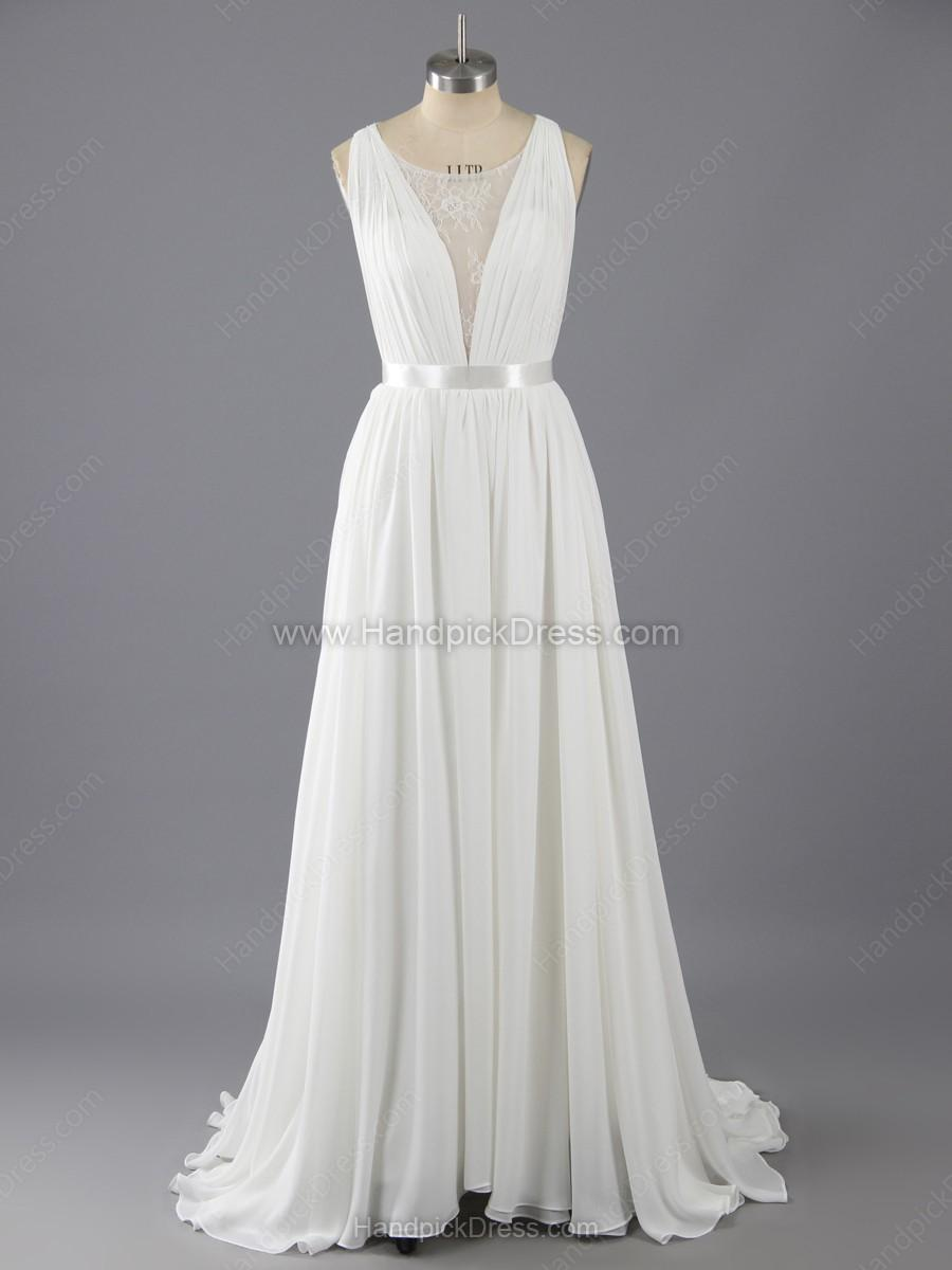 08ee98937ae A-line Scoop Neck Chiffon Tulle Appliques Lace Sweep Train Wedding Dresses