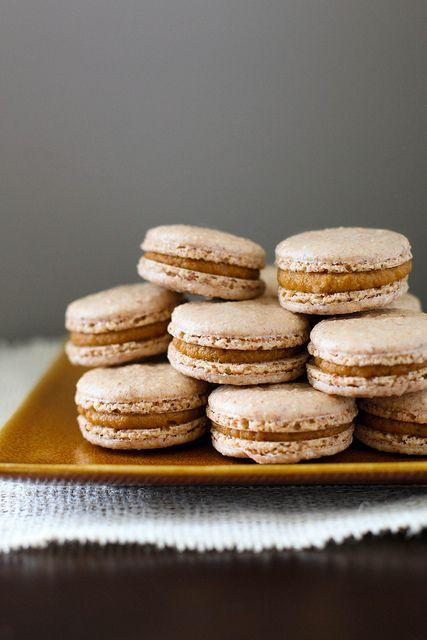 pumpkin pie macarons pumpkin pie macarons made these and loved them my ...
