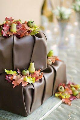 Fall Inspiration 10 Incredible Fall Cake Ideas 2359134 Weddbook