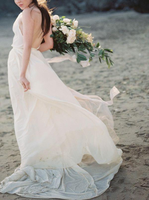 Hochzeit - Ethereal Beach Bridal Portraits