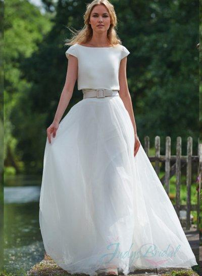 Jw16078 Simple Light Airy Tulle Wedding Dress With Back Shrug