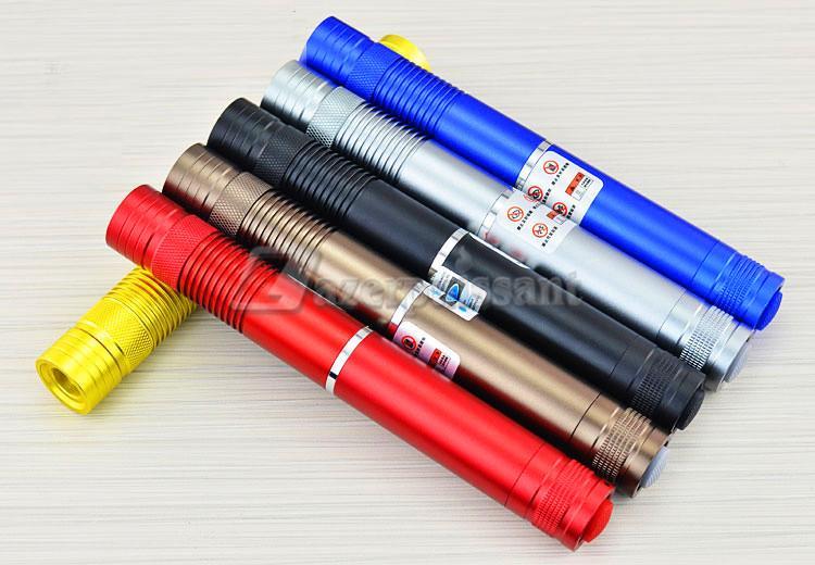 Pointeur laser vert 10000mw 2360711 weddbook for Pointeur laser vert mw