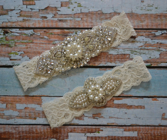 زفاف - Sale Wedding Garter, Rhinestone & Pearl Wedding Garter Set, Ivory Stretch Lace, A Rhinestones Applique Pearl and Rhinestone Embellishment