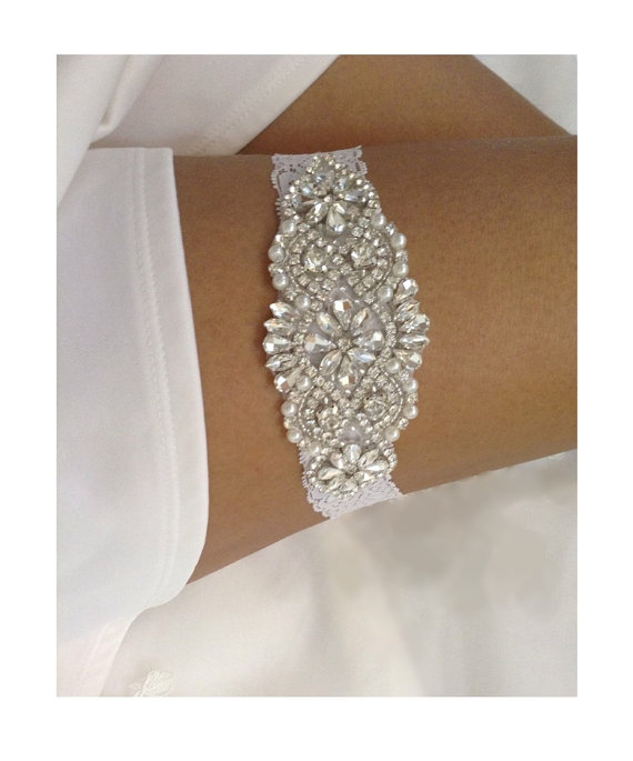 زفاف - Wedding Garter, Single Bridal Garter, Ivory Stretch Lace With An Elegant Crystal Rhinestones & Pearl Applique Garter