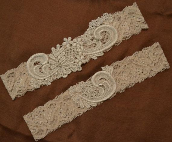 زفاف - Sale Lace Wedding Garter Set, Unique Ivory or White Venice Lace Bridal Garter Set With Pearls and Rhinestones, Vintage Style