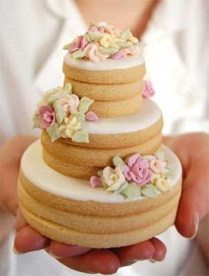 Свадьба - 27 Spectacular Stacked Wedding Cake Cookies