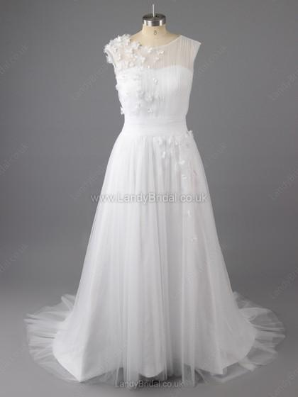 Boda - UK A-line Tulle Scoop Neck Sweep Train Appliques Lace Wedding Dresses