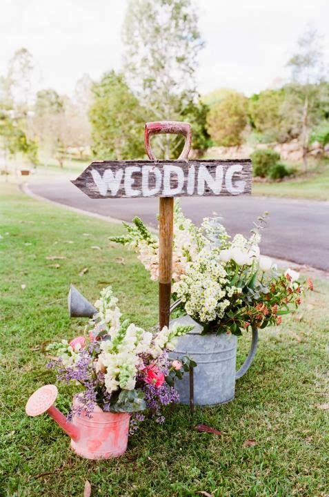 15 awesome ideas for a unique spring wedding 2362028 weddbook 15 awesome ideas for a unique spring wedding junglespirit Gallery
