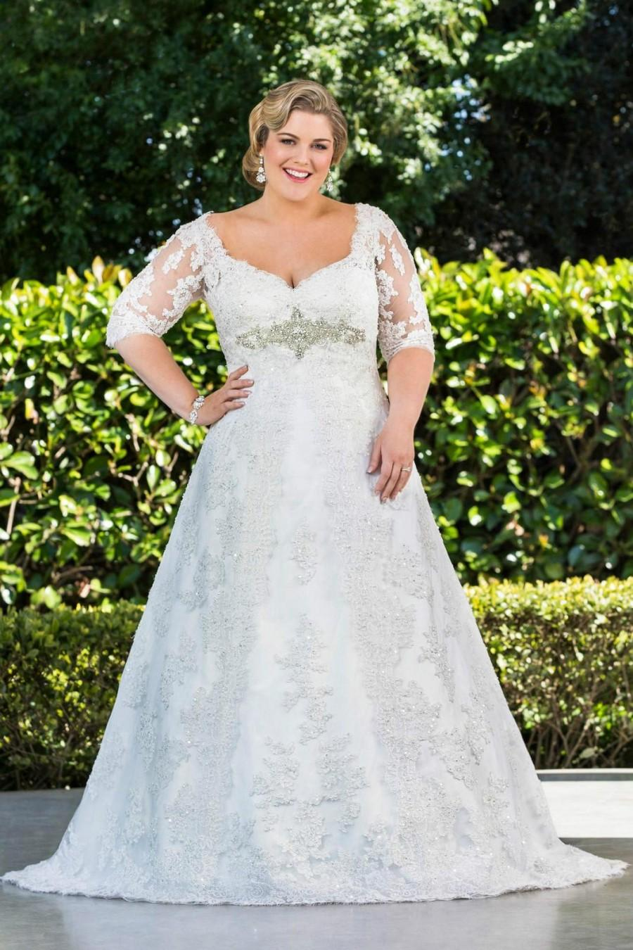 Modest plus size lace 2016 wedding dresses half sleeve for Plus size wedding dresses with color and sleeves
