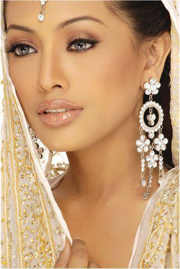 Свадьба - Beautiful Wedding Make-up Looks & Colour Scheme