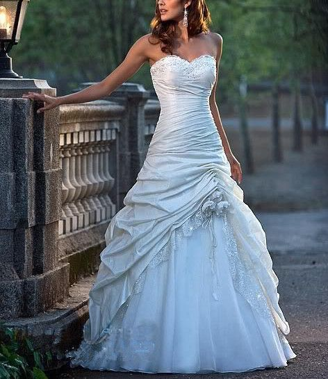 Hochzeit - A-line Applique Sequins Sweetheart Wedding Dress