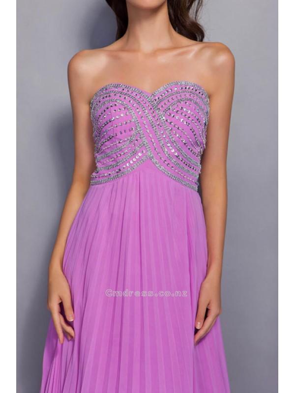 Hochzeit - Glamorous A-line Sweetheart Chapel Train Chiffon Evening DressSKU: SAL1867-TB