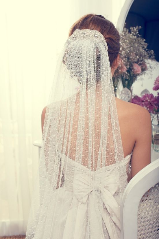Hochzeit - I Love This Type Of Veil So Much, I'd Base My Whole Wedding On One!