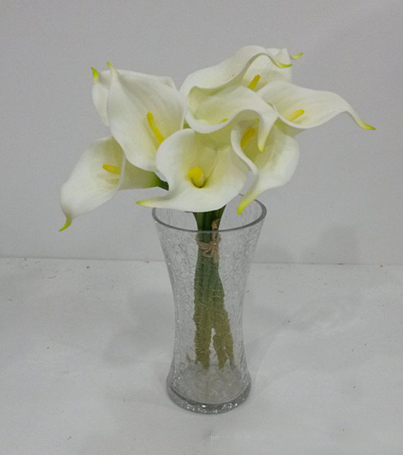 Hochzeit - 9pcs Cream White Calla Lilies Real Touch Flowers Natural Calla Lily Bouquet For Wedding Decor Center Pieces