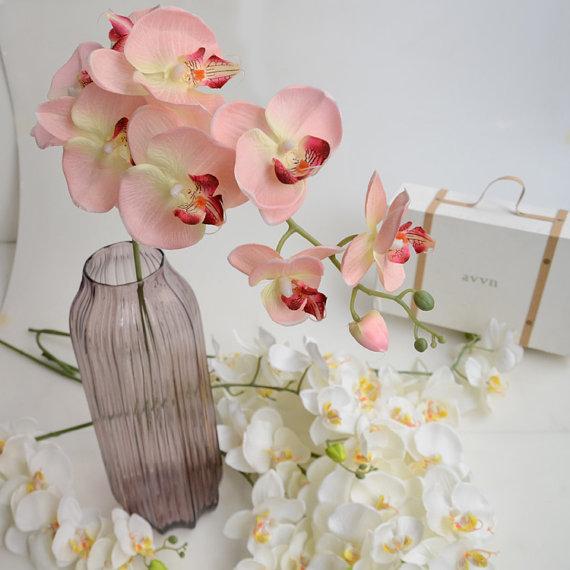Hochzeit - 5 pcs Artificial Orchids Wedding Light Pink Table Centerpieces Head Dia 9*10cm Butterfly Orchid Phalaenopsis Flower Home Decor
